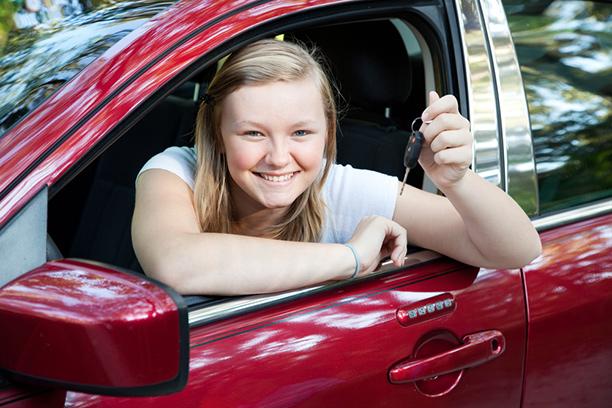 Ensimmäisen auton ostaminen - Mitä täytyy tietää auton valitsemisesta ja rahoituksesta