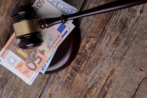 Tiesitkö, että uusi laki vaikuttaa lainojen korkoihin - Nyt kannattaa yhdistää vanhat lainat